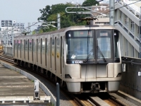 train-10081-centerminami-s.JPG
