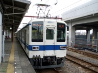 train-855-isesaki-s.JPG