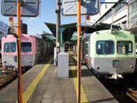 trains-715-717-chuomaebashi-s.JPG