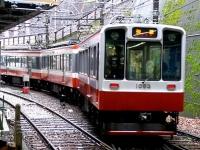 train-1003-hakoneyumoto2-s.JPG