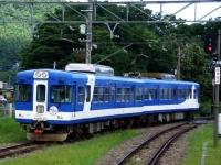 train-1306-kawaguchiko0-s.JPG