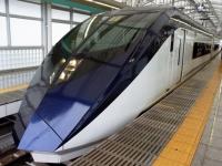 train-skyliner-nippori0-s.JPG