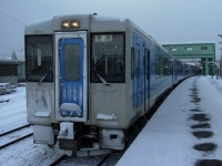 train-kiha101-1-kitayamagata-s.JPG