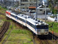 train-kiha47-40-niitsu-s.JPG