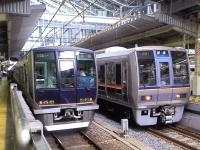 train-321-oosaka-s.JPG