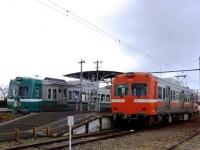 trains-7001-8001-gakunanenoo-s.JPG