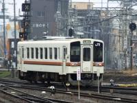 train-kiha11-iseshi3-s.JPG