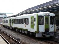 train-kiha100-kesennuma2-s.JPG
