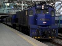 train-7382-seoul-s.JPG