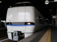 train-683-4000n-kanazawa-s.JPG